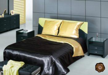 Чёрно-золотое атласное постельное белье